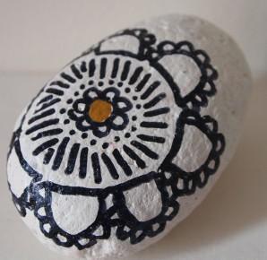 'sharpie' decorated rocks