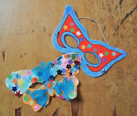 decorate face masks