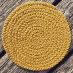 finger knit coil