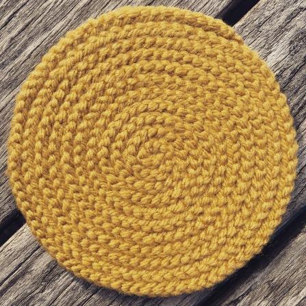 finger knitting coil